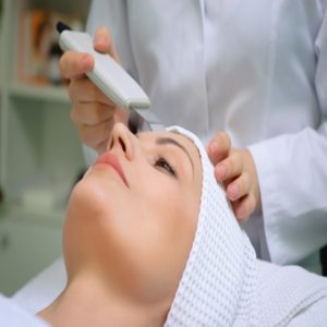 Microagulhamento facial tratamento para melasma e celulite